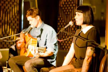 """NESSI - Album Release Party - Sra Bua by Tim Raue Bar - Hotel Adlon Kempinski - """"Rolling with the Punches"""" - Berliner Rock - Musik-Tipp 2015"""