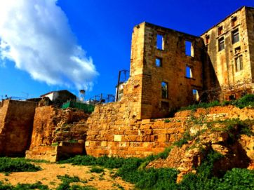 chania ruins with open windows