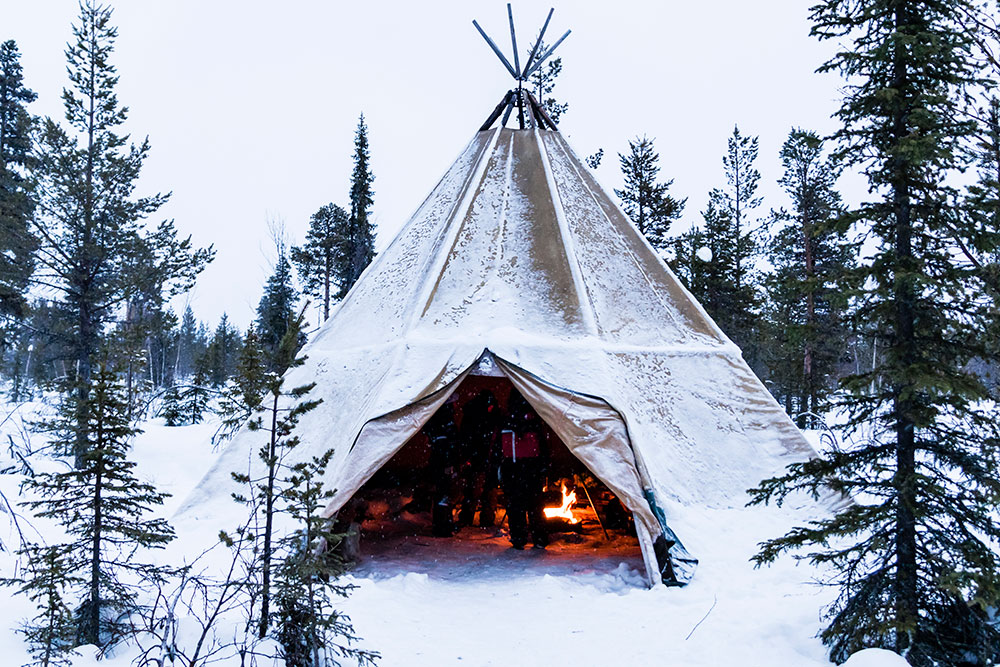 Tipi in Lapland in Winter