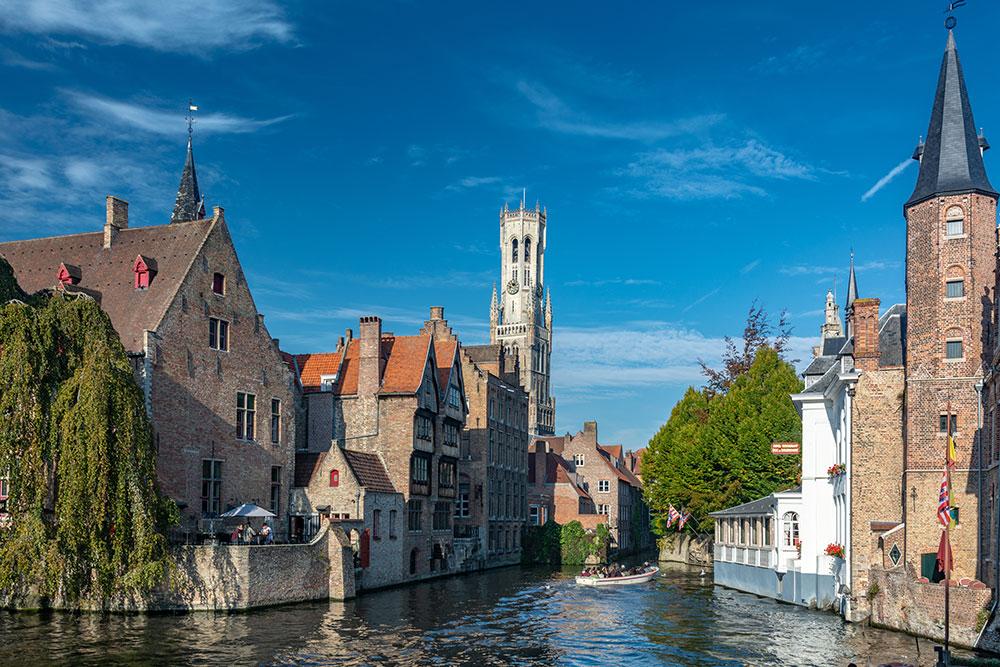 Romantic Brugge Waterways