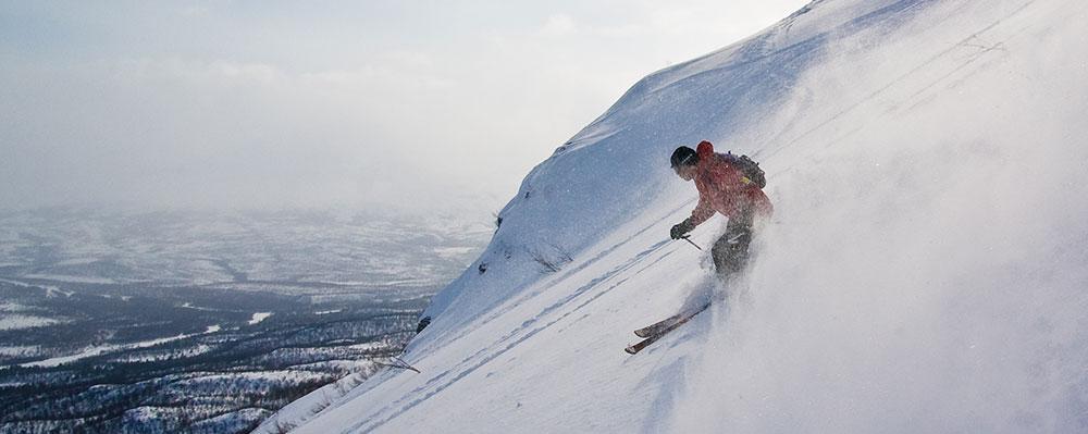 Offpist skiing in Sweden