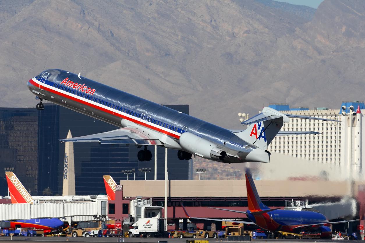 An American Airlines MD-80 departs Las Vagas - McCarran International Airport.