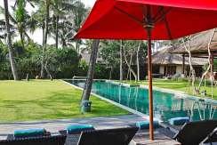 9.-Villa-Maridadi---Lounging-by-the-pool
