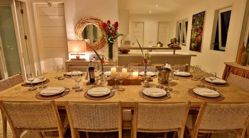 Villa Putih - Dining Room