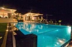 Suluban Cliff Villa - Pool at Night