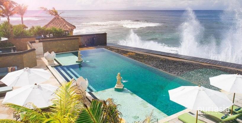 Villa Bayu Gita Beachfront