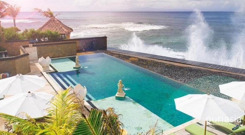 Villa Bayu Gita Beachfront - Luxury Beach Front Villa