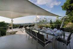 Villa Beyond - Outdoor Dining Area