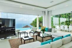 5.-Grand-Cliff-Front-Residence---TV-screen