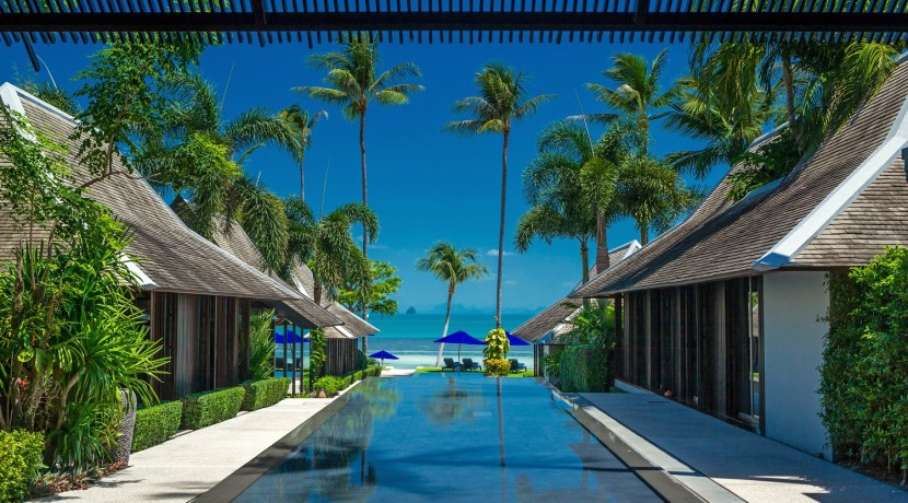 Villa Akatsuki - Beachfront Villa in Thailand