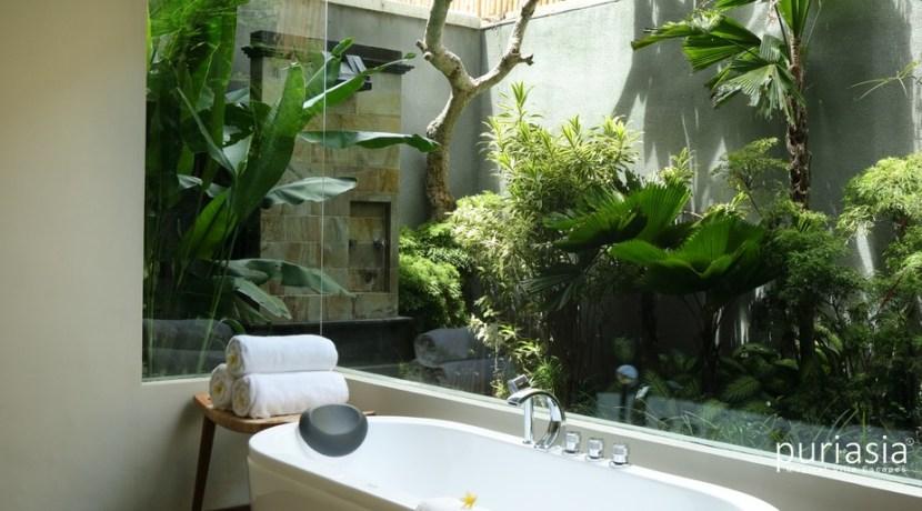 Shanti Residence - Bathroom