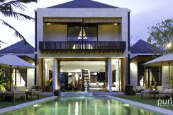 Majapahit Villas - Luxury Beachfront Villas in Saba Bay