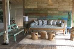 Driftwood Villa - Living Room