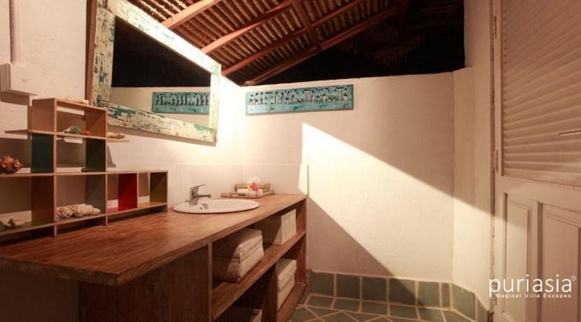 Driftwood Villa - Bathroom