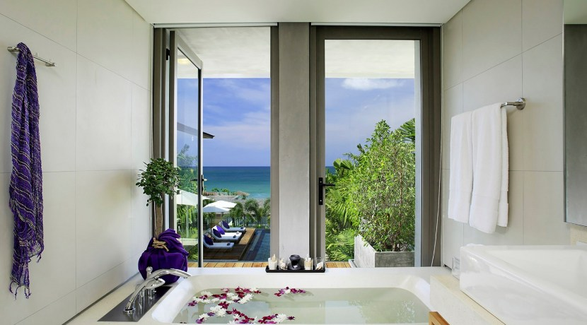 Villa Roxo - Ensuite with a view