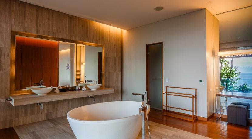 Villa Baan Banyan - Suite Room 3 ensuite bathtub
