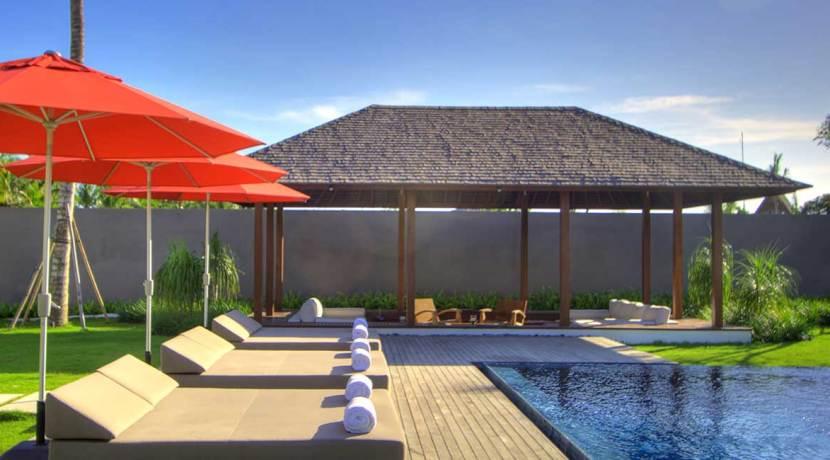 12.-Villa-Kalyani---Pool-side