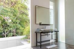 9.-Villa-Canggu---Villa-North-bedroom-one-ensuite-detail