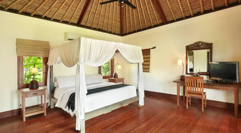 Impiana Villa Canggu - Cottage Bedroom