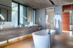 08-Sohamsa-Estate---Villa-Hamsa---Designer-master-bedroom-ensuite
