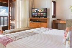 11.-Villa-Bayu-Gita-Beachfront---Upstairs-front-bedroom