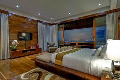 12-Villa-Aiko---Elegant-master-bedroom