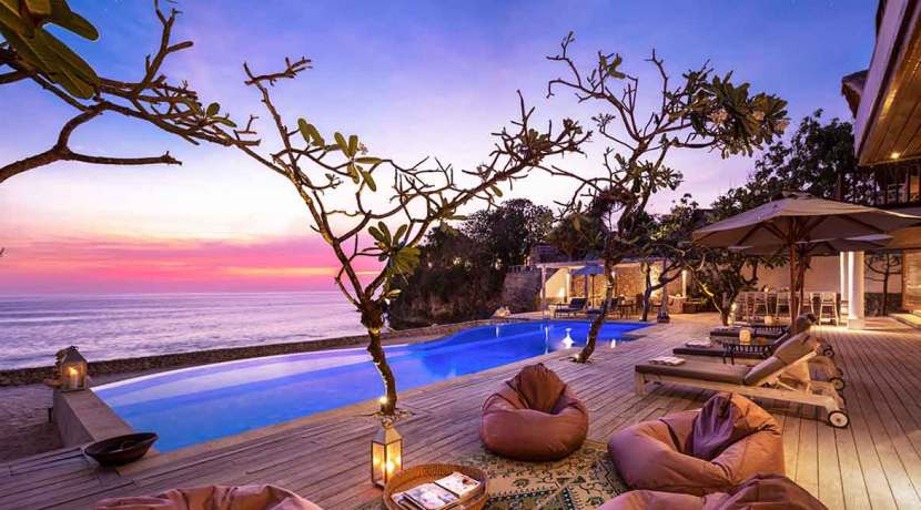 14.-Voyage---Most-idyllic-and-relaxing-place