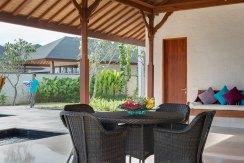 21.-Pandawa-Cliff-Estate---Villa-Rose---Open-air-seating