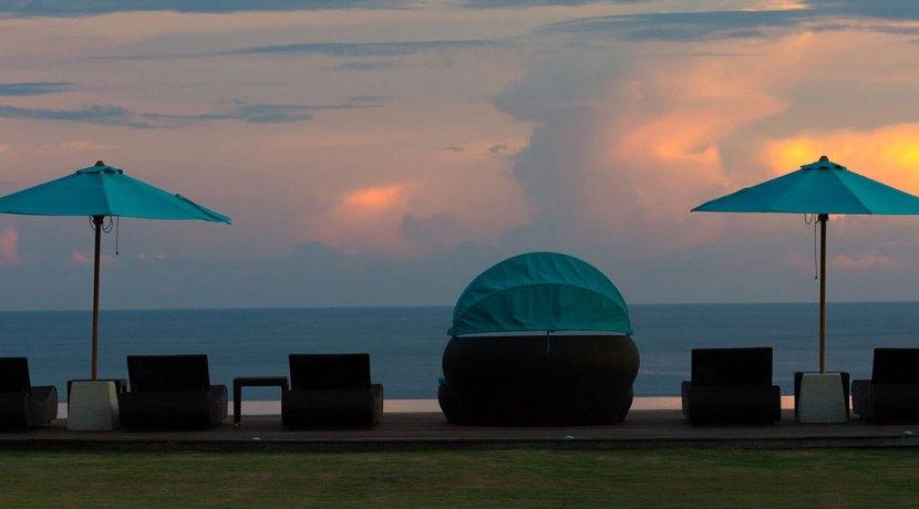 23.-Pandawa-Cliff-Estate---Villa-Rose---Sunset-poolside