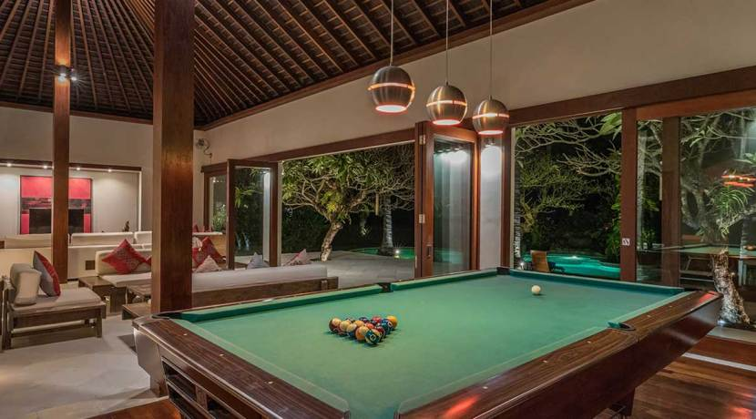The-Anandita---Pool-table