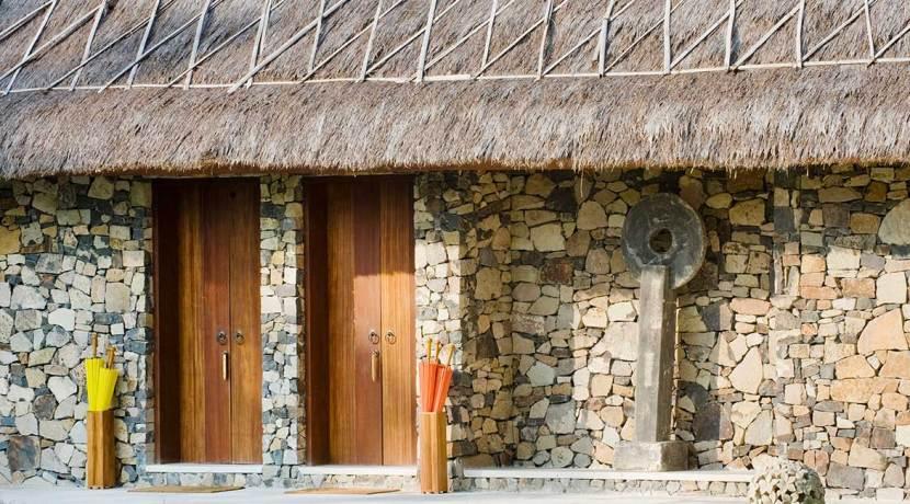 Villa-Sepoi-Sepoi---View-of-entrance-to-Frangipani-&-Hibiscus-rooms