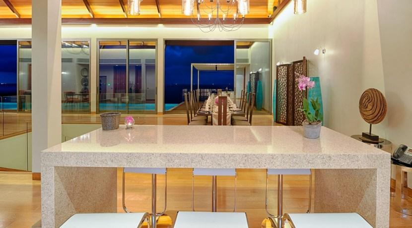 Villa Haleana - Entertain in Luxury