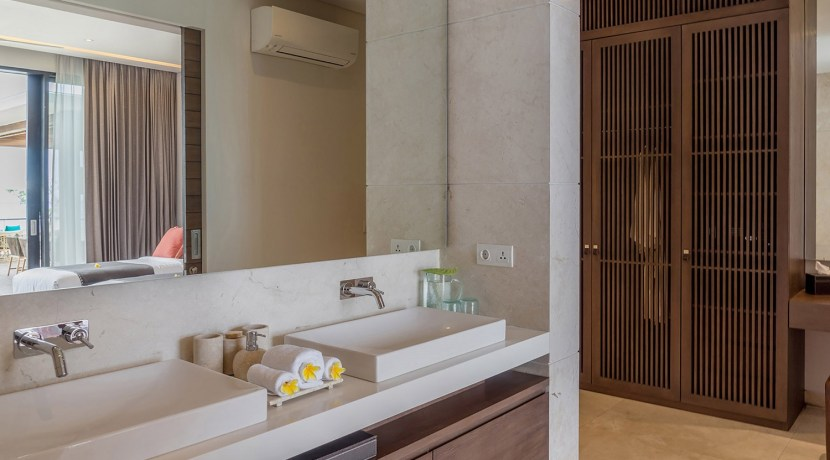 Villa Grand Cliff Nusa Dua - Double sink vanity
