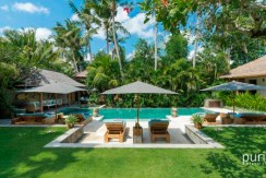 Villa Vanna Sedi - Luxurious 4 Bedrooms Villa in Canggu