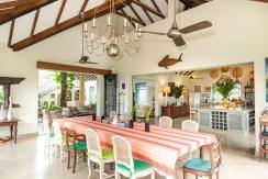 Sisindu Tea Estate - Kitchen and Dining Area