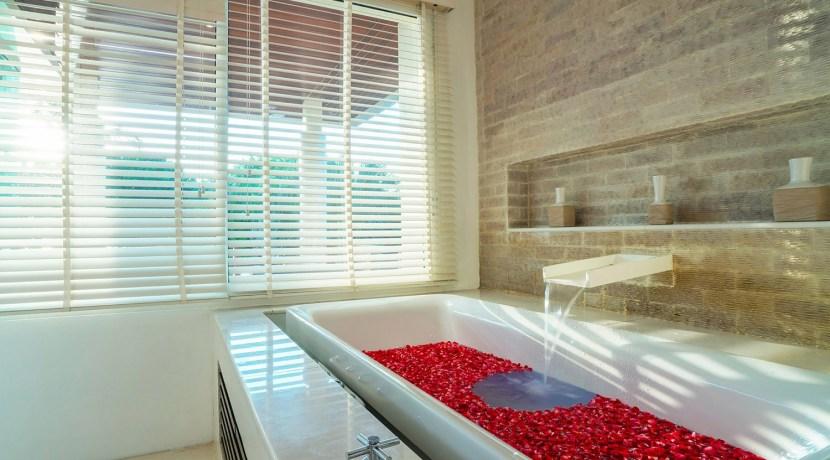 Villa Yaringa - Flower bath