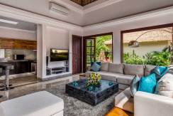 The-Residence,-Seminyak---Villa-Nilaya---Living-room-and-kitchen