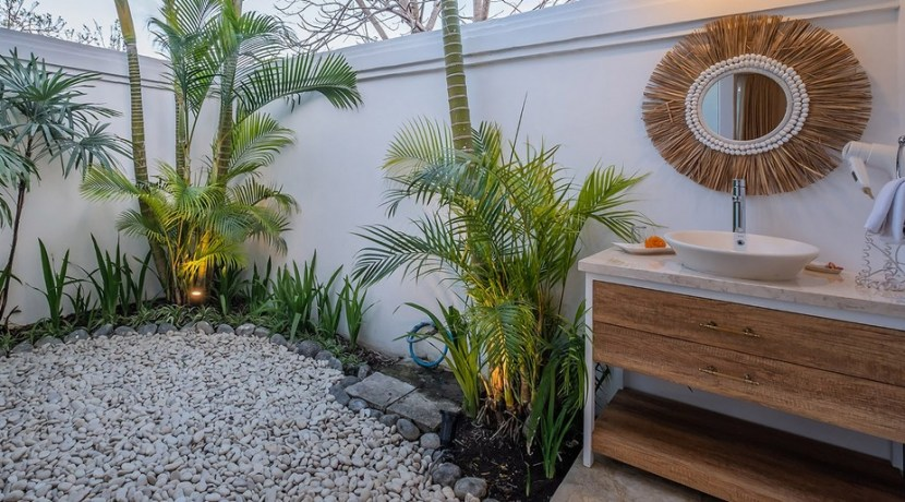 Villa Puri Balangan - Guest bBedroom Alfresco Ensuite