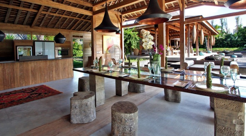 Villa Kayu - Dining Room