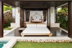 Chintamani Ocean Suite - Luxury bedroom
