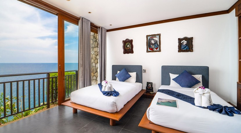 Villa Chada - Guest bedroom two with breathtaking view