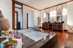 Villa Chada - Mini master suite ensuite bathroom preview