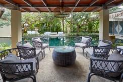 Villa Anggrek - Poolside Dining