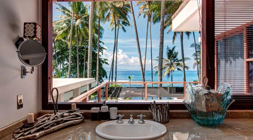 Master-Bathroom-View-Villa-Gita-Segara-Bali