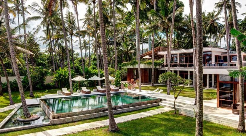 Water-Front-Villa-Gita-Segara-Bali-(1)