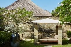 Aman Villa at Nusa Dua - Garden Bale