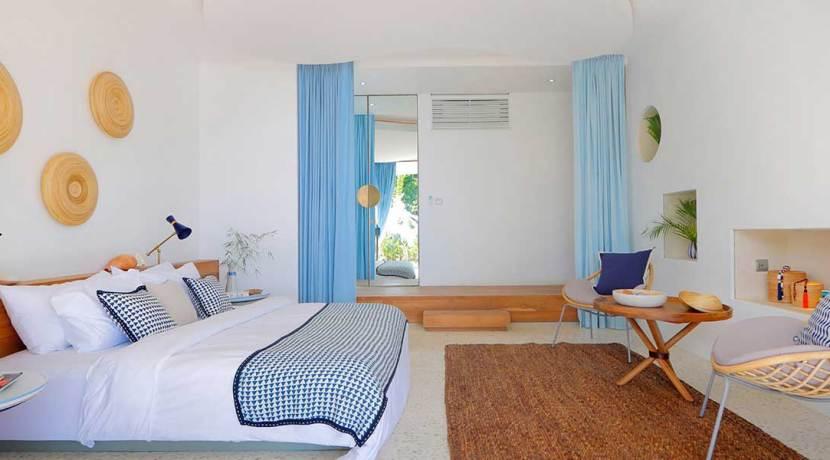 14.-Villa-Seascape---Spacious-downstairs-double-suite