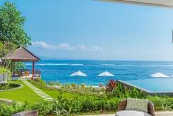 Villa-Tirta-Nila---Oceanfront-bedroom-outdoor-terrace