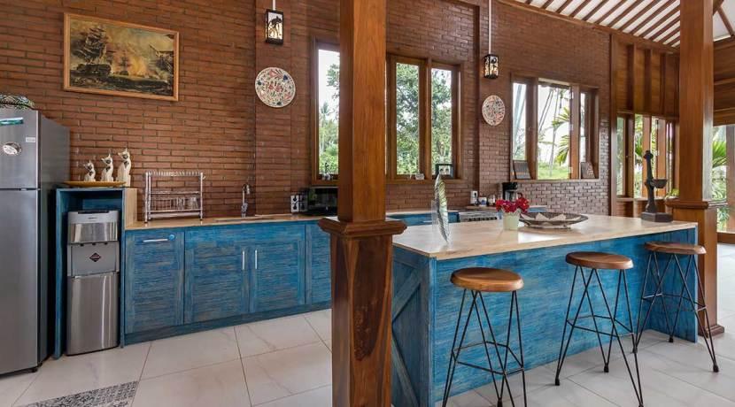 Ronggo-Mayang---Kitchen-01