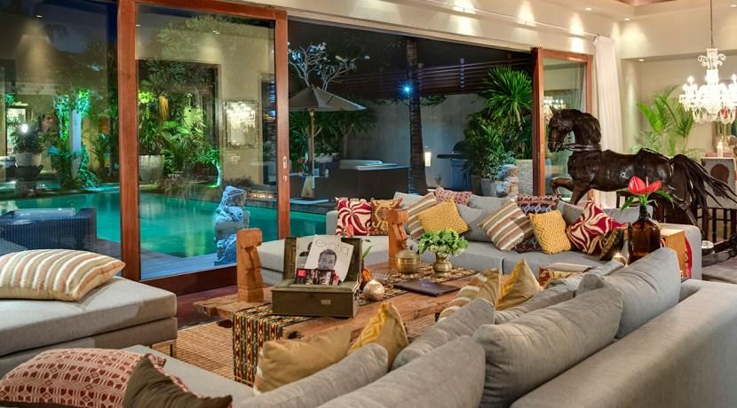 Villa Kailasha 1_0007_13-Eshara I - Airconditioned living at night